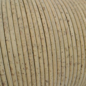 1 m/39 in of light yellow cork cord of 3 mm REF-